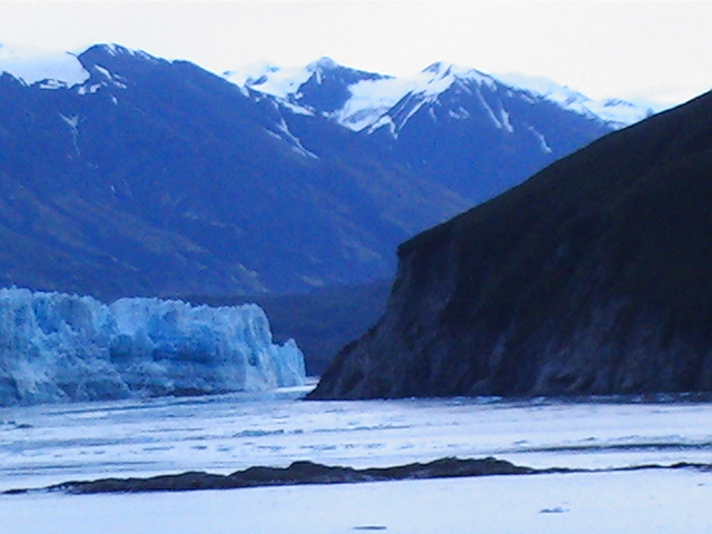 55_hubbard_glacier_channel_1