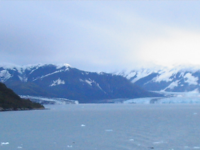 68_leaving_hubbard_glacier_01