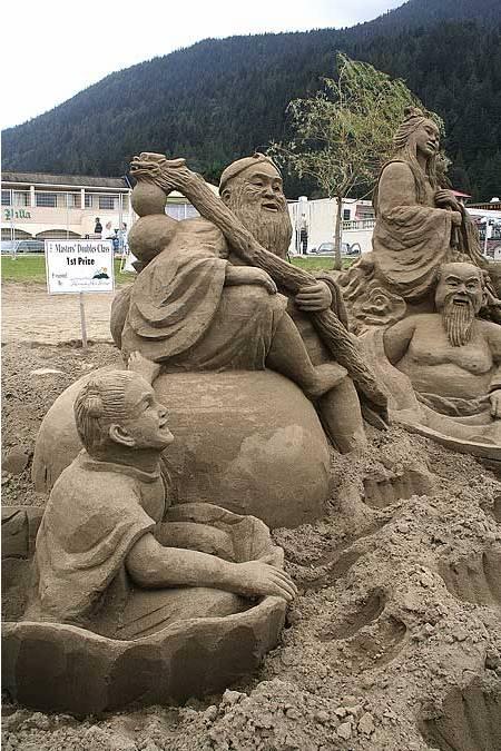 Sand_sculpture_05